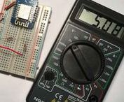 Tension d'une batterie avec un Arduino/ESP8266 / Comment mesurer la tension d'une batterie à l'aide d'un pont diviseur à l'aide de l'entrée analogique d'un ESP8266 ou d'un Arduino. Permettra de déterminer le niveau de charge et d'estimer la durée de vie restante.