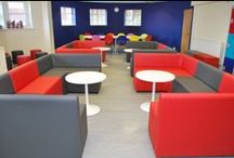 Cool school common room booth seats / A collection of education spaces transformed by modular seating from spaceist.