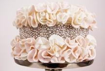 Dream Wedding Cakes and Alternatives / by Caitlin Molloy