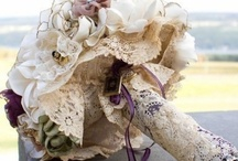 Dream Wedding Bouquets / by Caitlin Molloy