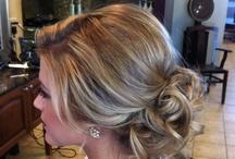 Dream Wedding Hair Styles / by Caitlin Molloy