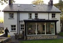 Aber Cottage / Sun room extension to a cottage within the Eryri / Snowdonia national park. The extension has a lead roof with glazing vision roof light, Rational windows, Black lindab guttering and locally sourced stone work.