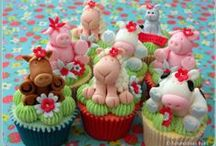 Animal Cakes / Cakes on an animal theme ... Who can resist cute cakes???  At Kawaii Animals we love all animals.  Check out our online store of unusual animal themed toys and gifts.  www.kawaiianimals.com   www.facebook.com/mykawaiianimals   @MyKawaiiAnimals