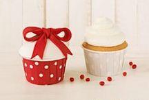 Słodkie wypieki / Formy, foremki, papilotki, muffinki, słodkie ciasta, ciasteczka, desery, słodkości