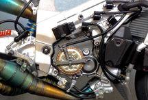 Suzuki rgv 500 xr89 tamiya 1/12
