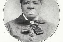 HISTORY: WOMEN Pioneer