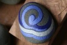 Craft : Painted stones and shells