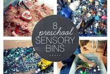 Sensory Play - Sensory Bins - Sinneskisten / Ideen für Sensory Bins, Sensory Boxen, Sinneskisten