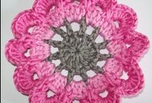 crochet* haken