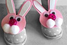 Easter / Whether you are after Easter Crafts, Activities, Decor or Food, we've got you covered! / by Paging Fun Mums