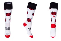 Hockey / Football Socks by ColorMeSocks™ / Voor toernooien en/of als trainingssok!  Katoenen voet voor prettig draagcomfort.  Extra versteviging voor enkel en voet.        -  80% Polyamide       - 14% Katoen       -   6% Elastomeer