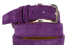 Suede Belts / Italiaanse 100% lederen riem in suède uitvoering. 27 kleuren.