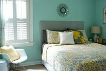 Bedroom/ College Ideas / by Sierra Gouge