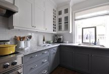 Kitchens / Kitchen ideas from layout, fixtures, countertops and cabinets.  / by Shelby Schweitzer