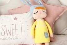 Regalos para niños / Regalos para bebé recién nacido. Regalos de bautizo. Regalos de primera comunión, regalos pra niñas.  #regalos #originales #titpi #indio #teepee #chevron #estrellas #indio #conejito #peluches #little #rabbit #muñeca #sonny #angel