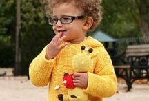 Winters goed / Bijzondere mutsen, poncho's en beenwarmers voor kinderen bij Kleine Koning.