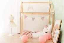 MOBILIARIO INFANTIL / Muebles para decorar dormitorios infantiles. Cunas y moisés para bebé. Cunas convertibles, camas convertibles, literas y camas nido para niños