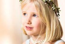 Primera Comunión / Tocados y peinados para la primera comunión. Diademas de flores para niña. Accesorios y complementos para niños