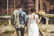 Vintage Wedding Photography | Topazery / Vintage Style Wedding Photography, Poses and Inspiration for your special day.