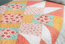 Quilting / Quilt projects and tips for all levels of experience - easy and quick quilts, baby quilts, colorful quilting, table toppers