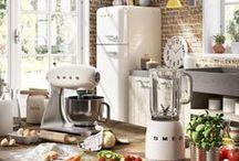 Small domestic appliances / Le nuove icone dello spazio domestico. / The new icons of the domestic space.