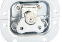 Herrajes para flightcase / Herrajes y accesorios para fabricación y reparación de flightcase