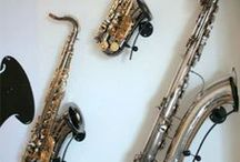 Locoparasaxo Instrument Stands / Wall-mounted stands for a variety of wind-instruments....