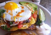 Breakfast Ideas / The best breakfast recipe ideas for busy mornings and lazy weekends.