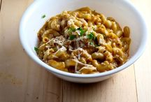 Comfort Food / Comfort food recipes, from Mac n Cheese to hearty stews.