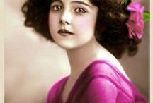Beauties - Vintage / by Carolyn Newsom