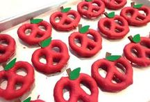 Teaching with Food in the Classroom / Ideas for using food in the classroom! Reading activities | classroom snacks elementary | teaching with food | edible learning ideas | kinder learning activities | first grade teaching tips | second grade teaching ideas | recipes for kids | kids lunches | kids foods ideas | kids snacks | math with food | reading with food | school food | class party food ideas | class food party ideas | school party food | learning with food kids | counting with food | food science | kitchen science |