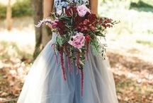 Autumn Wedding / Looking for inspiration for your Autumn Wedding, then you have just found the board for it. With rich autumn colours we provide some inspiration to style the most perfect autumn wedding. Read our post - how to style an autumn wedding https://www.creativeweddingco.com/2016/08/autumn-wedding-inspiration/