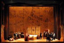 Falstaff  e il Coro del Teatro Regio di Parma  in tournée in Oman con l'Accademia della Scala / Il complesso corale guidato da Martino Faggiani impegnato nell'opera verdiana nell'allestimento del Teatro Regio creato da Stephen Medcalf per il Festival Verdi.  Royal Opera House di Muscat, Oman - 29, 30 gennaio 2015