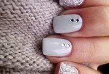 Nails/ Nail Polishes