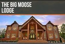 The Big Moose Lodge / Big Moose Lodge is the largest cabin in the US! Located in the Smoky Mountains, it is the perfect location for visiting Pigeon Forge, Gatlinburg and The Great Smoky Mountain National Park.