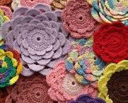 Crocheted Flowers / All kinds of crocheted flowers and projects with floral motifs!