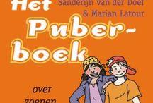 Boeken over puberteit / De puberteit, over verliefdheid, veranderingen, de brugklas en verleidingen. Je raakt er niet over uitgelezen!