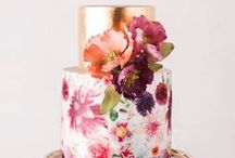 Unique Wedding Cakes / Who says wedding cakes have to be vanilla? From gorgeous cakes that look too pretty to eat, to naked cakes, to sports-themed cakes, to cake alternatives (think cookies & milk!), choose the cake that is perfectly & uniquely YOU!