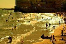 Beach Tiiiiiime! / Barceloneta is the most popular beach in Barcelona.