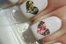 Nails / Love