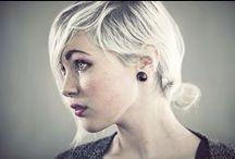 ♀ Female • White Hair