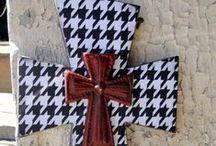 Crosses / I love crosses~ / by Malinda Baggett