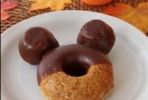 I heart Disney / I love everything Disney / by Lennie Locken