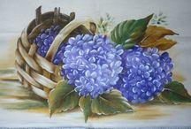 Pintura em Tecido - Flores 1 / Trabalhos e riscos de pintura em tecido, principalmente, flores