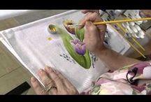 Pintura em Tecido - Vídeos 1 /  Vídeos com técnicas de pintura em tecido e passo a passo.