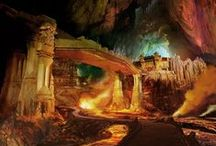 Thedas - The Dwarven Kingdoms / Ancient Thaigs streching across and below Thedas, mining deep and constantly fighting off the darkspawn.
