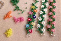 Beads: daisy / Daisy bracelets