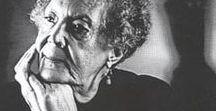 Elizabeth Catlett / Art work of sculptress and painter Elizabeth Catlett I African American Art I Black history