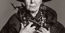 Louise Nevelson / Louise Nevelson I1899 - 1988 I US - American painter and sculptress I Monochromatic sculptures, found objects, environments, reliefs