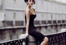 LITTLE BLACK DRESS / instagram.com/loquetedigalarubia/